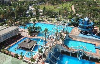 Photo 1 - Benal Beach Apartment