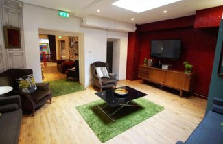 Holiday Home Cardiff House 1