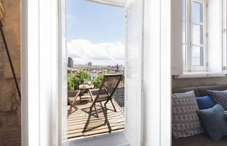 LovelyStay - Urban Loft - Porto Downtown 1