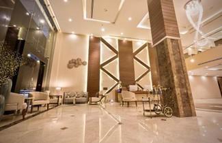 Photo 1 - Ayam Lilian Aparthotel