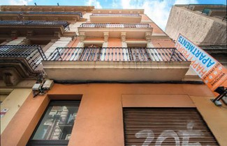 Happy People Plaza España Apartments 1