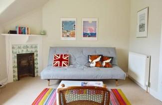 Photo 1 - Amazing Morningside Two Bedroom Flat