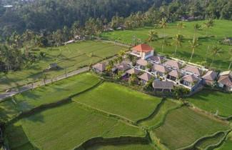 Photo 1 - Amatara Abirama Villas