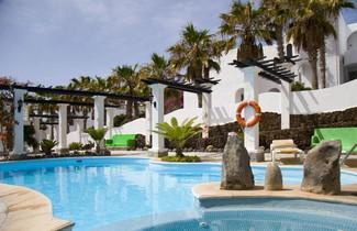 Photo 1 - Aparthotel Esquinzo Y Monte Del Mar