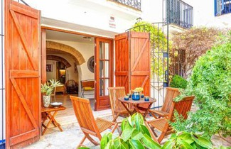 Photo 1 - Charming house next to the beach by Hello Apartments Sitges