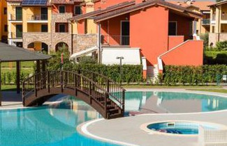 Photo 1 - Apartment in Sirmione with swimming pool