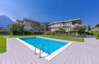 Foto 1 - Apartment in Nago-Torbole with swimming pool