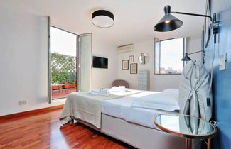 Spanish Steps Apartment with terrace 1