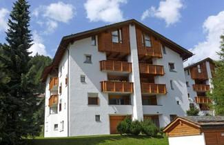 Photo 1 - Apartment Chesa Maurus A12
