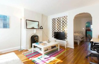 Apartment Lovely Historic Brownstone 1