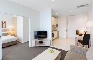Foto 1 - Oaks Melbourne on Lonsdale Suites