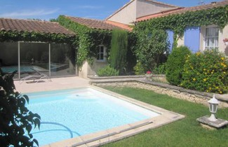 Photo 1 - Haus in Mollégès mit privater pool