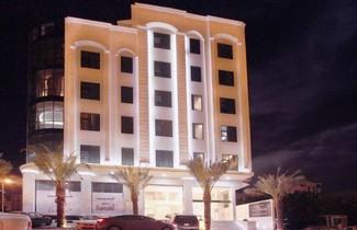 Photo 1 - Platinum Al Biea
