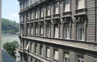 Photo 1 - Classical Apartment in Downtown