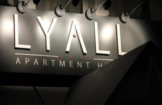 Foto 1 - Lyall Apartment Hotel