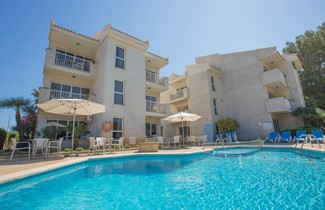 Photo 1 - Apartamentos Massol