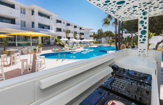 Photo 1 - Sotavento Club Apartments - Adults Only
