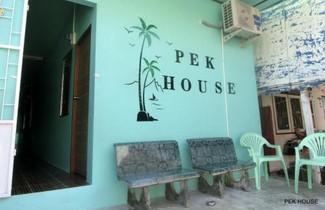 Foto 1 - Pek House