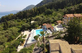 Photo 1 - Brentanos Apartments - A - View of Paradise