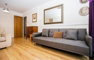 Photo 1 - 1 Bedroom Apartment near St Paul's Sleeps 3