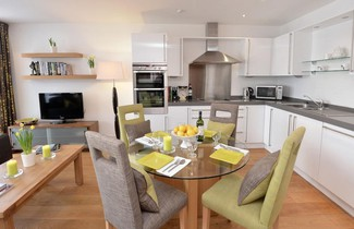 Highland Apartments by Mansley 1