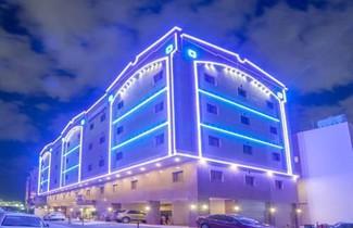 Photo 1 - Al Ezzah Palace Hotel Suites