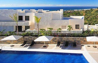 Photo 1 - Apartment with private pool
