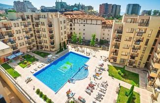 Photo 1 - TSB Sunny Victory Apartments