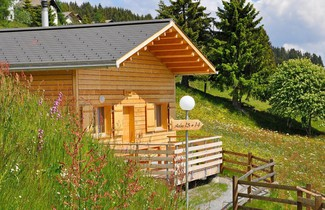 Photo 1 - Holiday Home Komfort Aclas Maiensäss Resort-3