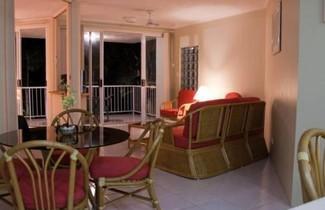 Cairns Golden Sands Beachfront Apartments 1