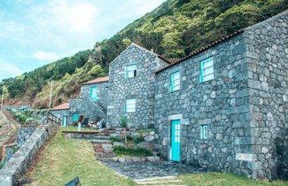 Photo 1 - Farmhouse in Calheta (R.A.A.) with terrace
