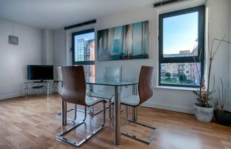 Halo Serviced Apartments-West One 1