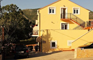 Foto 1 - Bacan Serviced Apartments