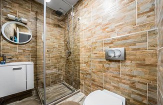 New Dob 53 Center Apartment 1