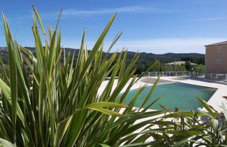 Photo 1 - Apartment in Mallemort mit privater pool