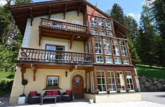 Photo 1 - Apartments Villa Surlej