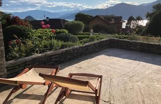 Photo 1 - House in Brezzo di Bedero with swimming pool