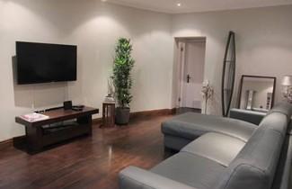 Photo 1 - Paddington Patio Apartment