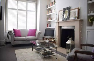 Cosy 1 Bed Apartment Near Battersea Park. 1