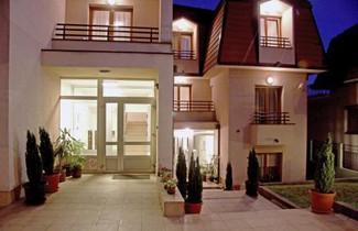 Foto 1 - Royal Apartments
