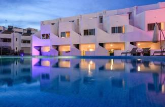 Photo 1 - Lagoa Hotel