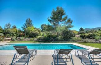 Foto 1 - Villa in Eygalières mit privater pool