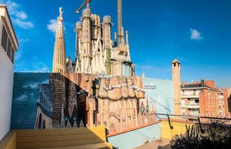 Photo 1 - Happy People Sagrada Familia Gaudi Apartments