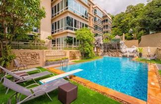 Foto 1 - Karon View Apartments