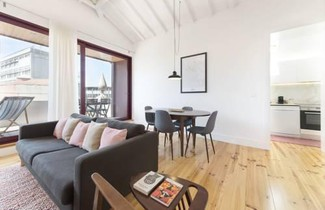 LovelyStay - Top Floor Balcony Apartment 1