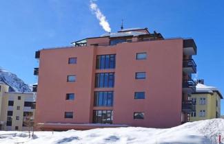 Photo 1 - Apartment Chesa Corvatsch