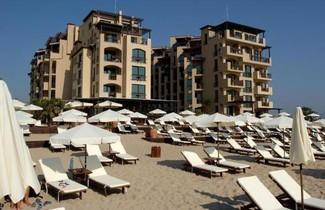 Photo 1 - Apartments Oasis VIP Club