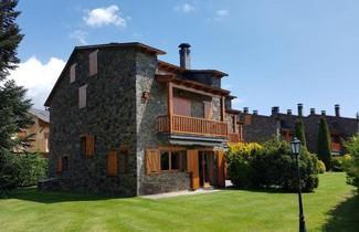 Photo 1 - TPA Casa en Puigcerdà Residencial con piscina, padel, tenis para 8 personas