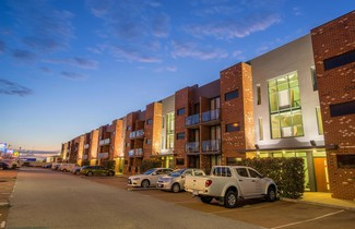Photo 1 - BEST WESTERN PLUS Ascot Serviced Apartments