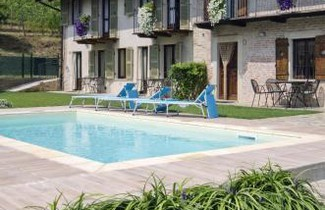 Photo 1 - Apartment in La Morra mit privater pool